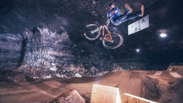 Underground MTB Slopestyle Session in the Mega Cavern