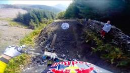 Gee Atherton's POV Down Aggressive MTB trail – Red Bull Hardline
